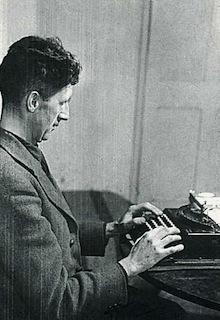 orwell-at-typewriter220